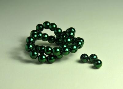 5010073  20 X Glasparel donker groen 8mm.
