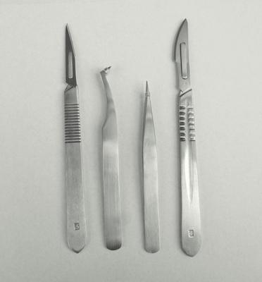 2P2SC Scalpel Nr.3 en 4 pincet recht en hoekpincet