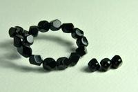 5020155  25 X Glaskraal zwart 8 mm